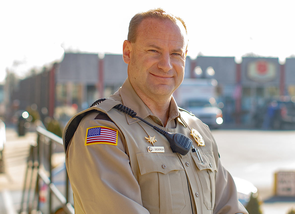 Republican Williamson County Sheriff Candidate 2022, Jeff Diederich on Square